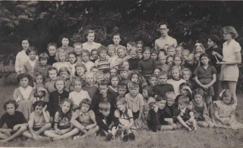 1949 Yves Pot